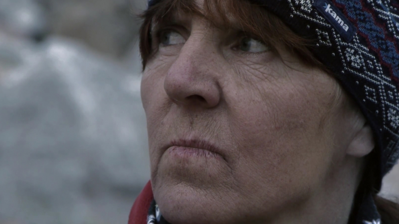 Woman and the glacier, MajorDocs